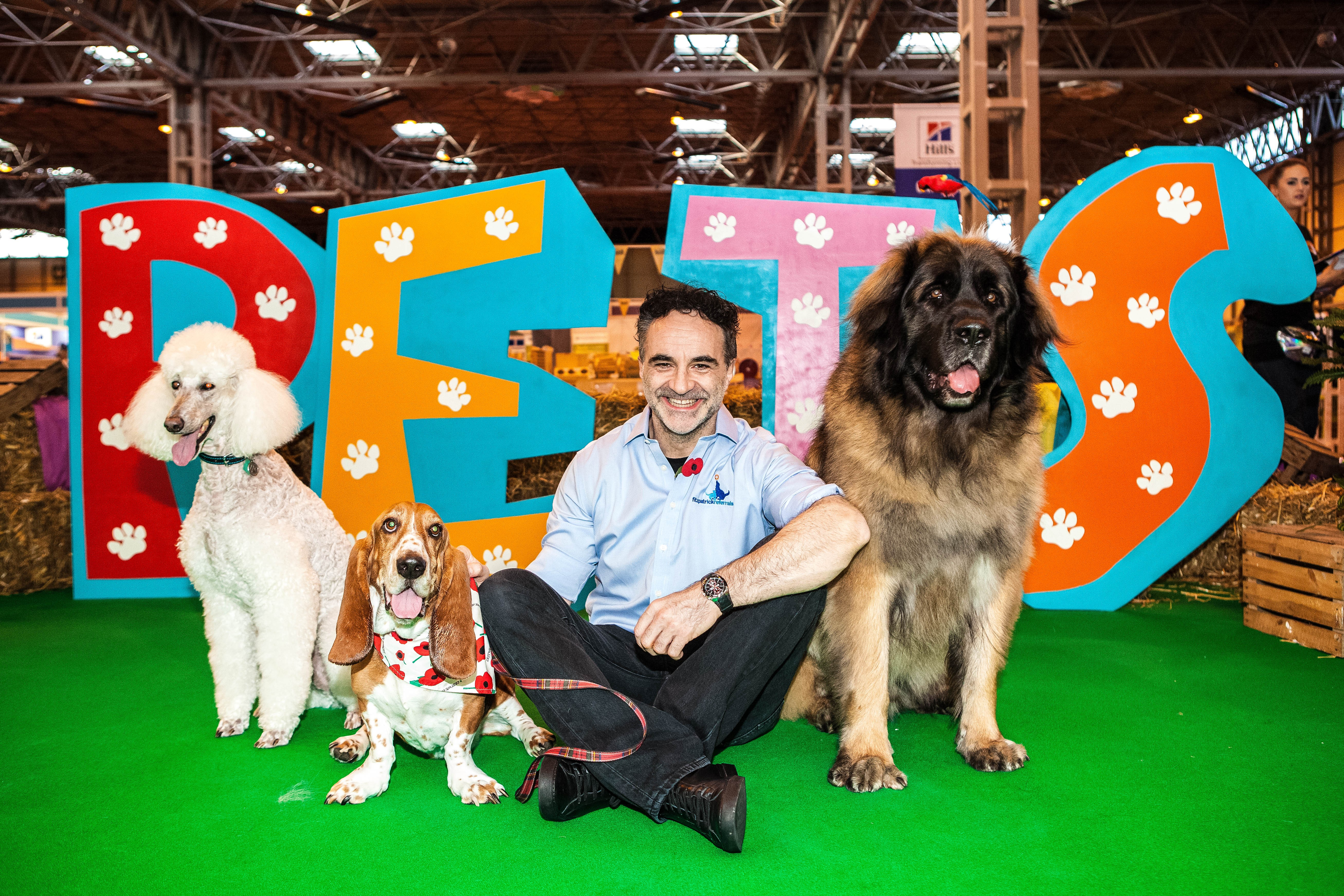TV Supervet Noel Fitzpatrick at National Pet Show Discount Code